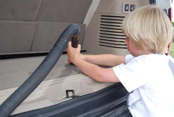 Auto tīrīšana